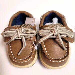 Infant boat shoes